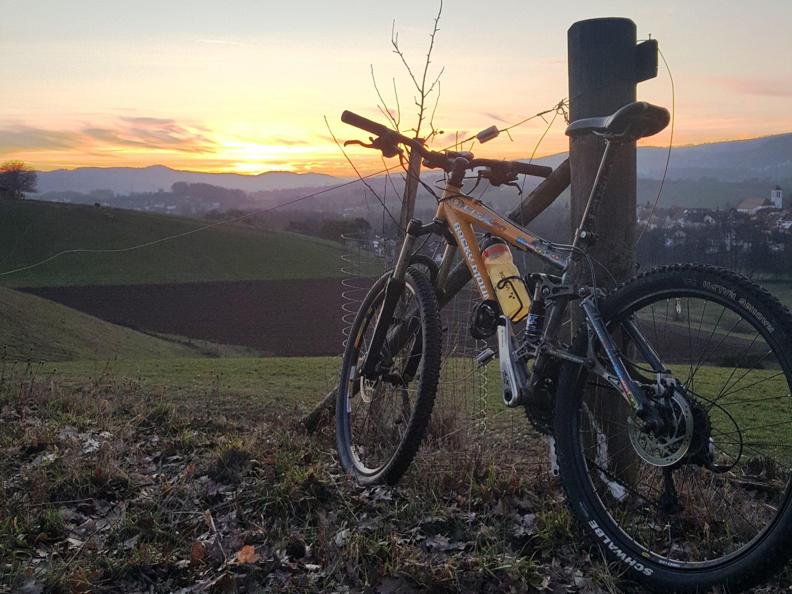 Bike Sundowner I