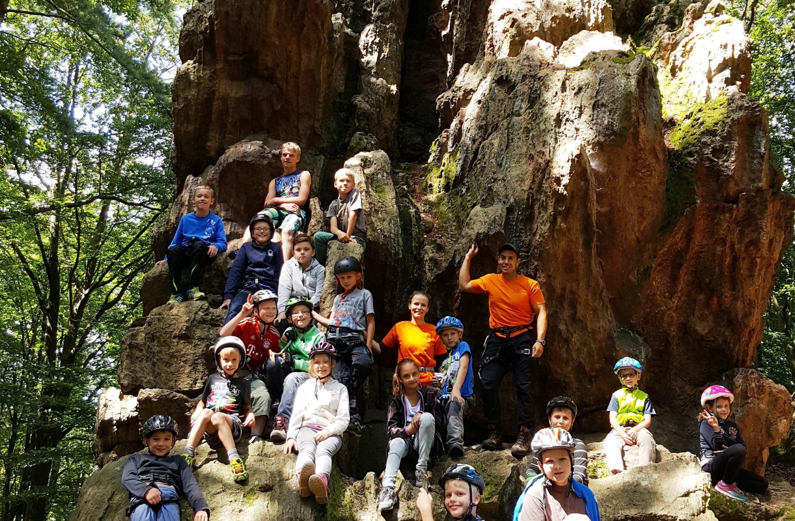 Klettern Kindergruppe für Sport